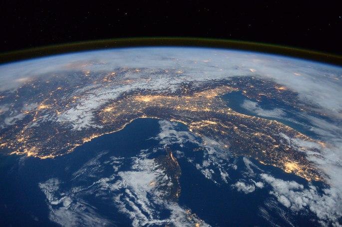 earth-05.jpg